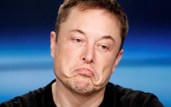 Ca ngợi xe điện của Tesla nhưng lại tiết lộ mới mua 1 chiếc Porsche Taycan, Bill Gates vừa bị Elon Musk công khai 'móc mỉa'
