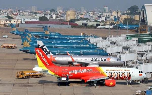 Giá vé máy bay đồng loạt giảm kỷ lục, Hà Nội – TP.HCM chỉ còn 199 ngàn đồng
