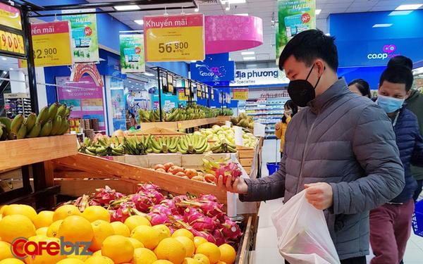 Thanh long gặp khó, Saigon Co.op hỗ trợ thu mua từ vườn, bán không lợi nhuận với giá từ 4.800 đồng/kg