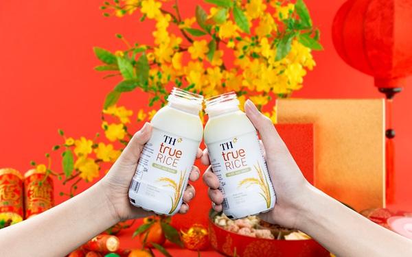 TH true RICE: Thức uống mới cùng người tiêu dùng định hình lối sống xanh lành mạnh