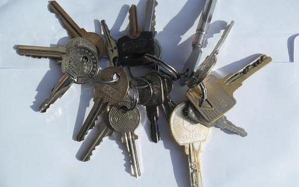 Đổi khóa thường sang khóa thông minh, có nên hay không?