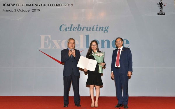 Mai Hồng Nhung chia sẻ con đường đến với tấm bằng ICAEW ACA đầu tiên tại Việt Nam