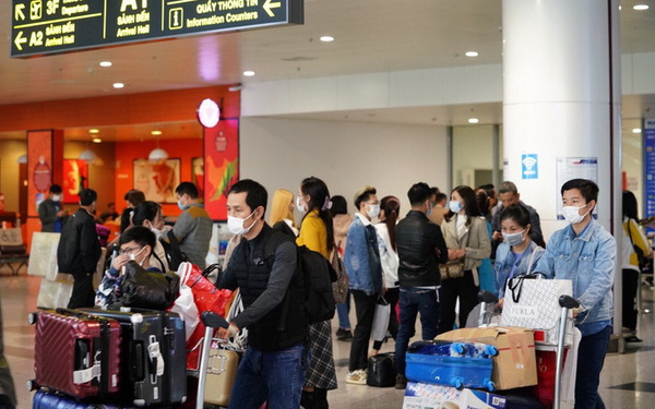 Bộ Y tế thông báo khẩn tìm hành khách trên 3 chuyến bay về TP HCM