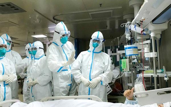 Nữ giáo sư, bác sĩ từng thuyết giảng đạo đức về việc ngăn chặn Covid-19 trở thành ca bệnh 'siêu lây nhiễm' vì che giấu đi du lịch, gây ảnh hưởng tới 1.200 người