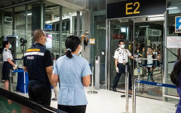 Trung Quốc thừa nhận virus 'lạ' có thể lây từ người sang người