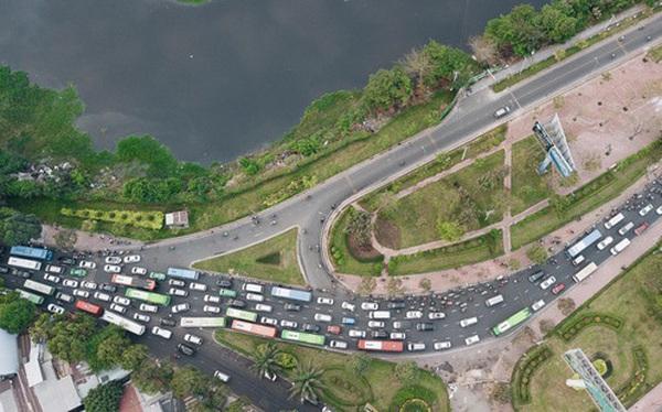 Chùm ảnh Flycam người dân ùn ùn đổ về quê ăn Tết, các ngả đường về bến xe lớn nhất Sài Gòn ùn tắc kinh hoàng