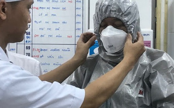 Chuyến bay từ TP HCM đi Hải Phòng có 3 hành khách bị sốt nghi nhiễm virus corona, 1 người không cách ly mà tự ý bỏ về