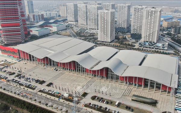 Thành phố Vũ Hán lập 11 bệnh viện dã chiến