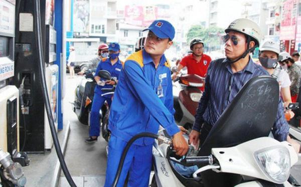 Giá xăng tiếp tục giảm mạnh, dầu bất ngờ giảm hơn 1.100 đồng/lít kể từ 15 giờ chiều nay