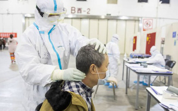 Cập nhật Covid-19 ngày 19/2: Hồ Bắc có thêm 132 ca tử vong và 1.693 ca nhiễm mới - thấp nhất kể từ khi thay đổi cách tính, Trung Quốc vẫn tự tin đạt các mục tiêu tăng trưởng