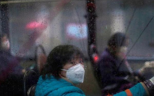Người thứ hai ở Hồng Kông thiệt mạng vì virus corona, Trung Quốc hứa hẹn giải cứu ngành hàng không