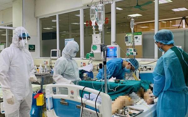 Bác gái ca bệnh Covid-19 thứ 17 phải can thiệp tim phổi nhân tạo