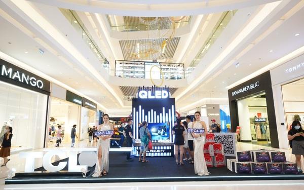 Sự kiện trưng bày sản phẩm QLED 2020 của TCL thu hút đông đảo khách hàng tham gia