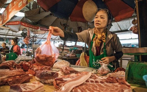 Hà Nội: Chủ sạp chợ Thành Công háo hức bán hàng Tết qua GrabMart