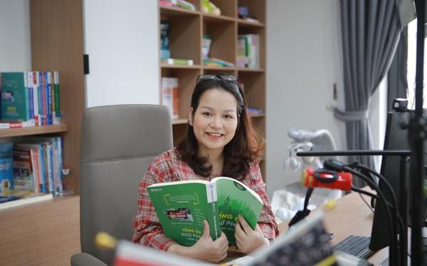 Nữ giáo viên dạy tiếng Anh hết lòng vì sự nghiệp trồng người