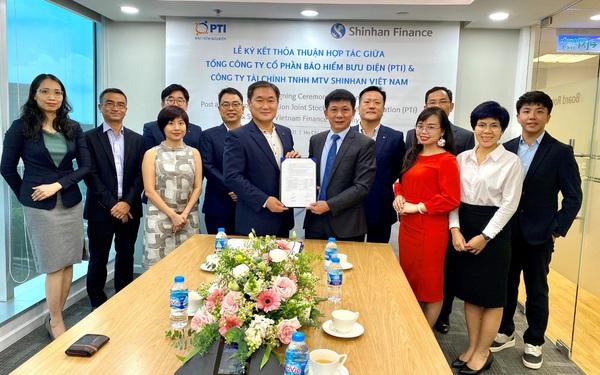 PTI và Shinhan Finance ký kết hợp tác toàn diện