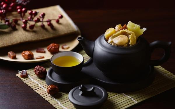 Trải nghiệm thưởng canh theo kiểu thưởng trà tại nhà hàng Dim Tu Tac