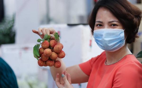 Những câu chuyện đầy ý nghĩa của thương hiệu Việt cùng đất nước vượt qua đại dịch