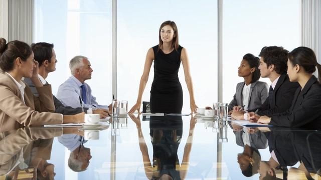 4 hành động giúp biến bạn từ nhân viên bình thường thành CEO - Ảnh 1.
