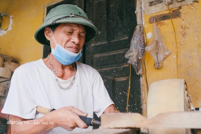 Tết Trung thu về làng Ông Hảo, gặp cặp vợ chồng 40 năm bám nghề làm trống: Đắng-cay-ngọt-bùi đã trải đủ, nhưng chưa 1 ngày mất niềm tin vào sức sống của nghề - Ảnh 3.