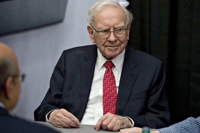 8 chia sẻ về đầu tư và lãnh đạo của Warren Buffett trong cuốn sách mới của tỷ phú Mỹ - Ảnh 6.