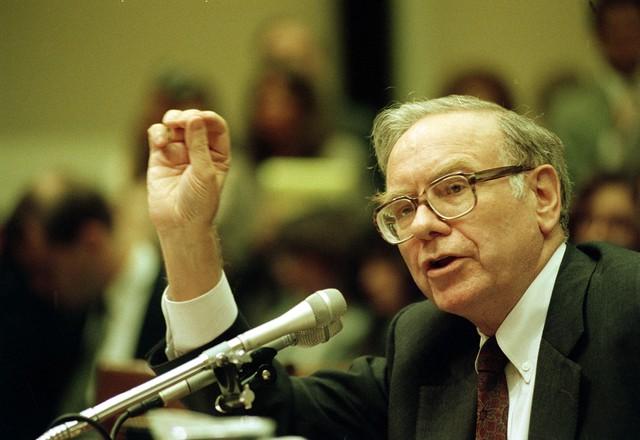 8 chia sẻ về đầu tư và lãnh đạo của Warren Buffett trong cuốn sách mới của tỷ phú Mỹ - Ảnh 7.