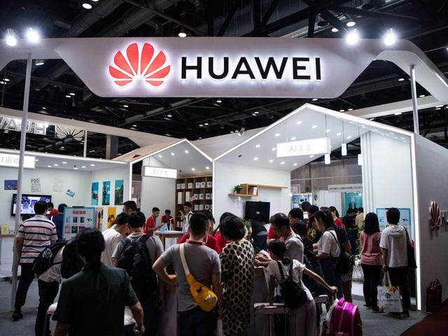 Thoát chết rồi, liệu Huawei có thể mơ trở lại đánh bại Samsung thêm lần nữa? - Ảnh 3.