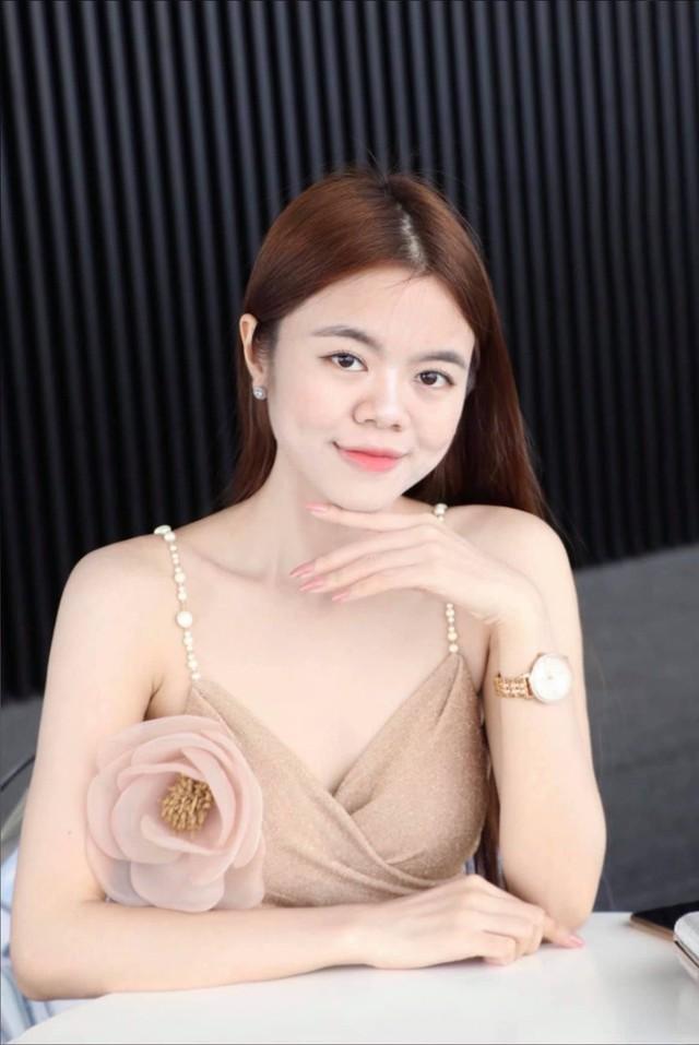 Trò chuyện ngày 20/10: Những tiết lộ phía sau hai nữ tác giả trẻ của cuốn sách Rạng danh Tài trí Việt 5 châu - Ảnh 5.