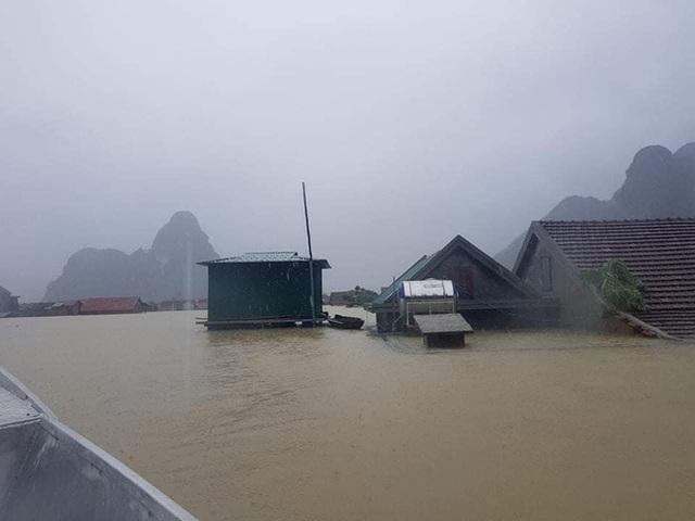 Một lần nữa, những căn nhà phao trong dự án Nhà Chống Lũ phát huy tác dụng tại Quảng Bình - Ảnh 2.