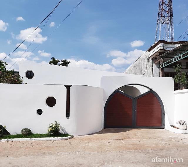 Với chi phí 1 tỷ đồng, cặp vợ chồng trẻ Đắk Lắk xây ngôi nhà mơ ước với những đường cong đẹp ngất ngây - Ảnh 5.