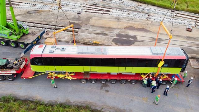 Đoàn tàu metro Nhổn - Ga Hà Nội đã về depot Nhổn - Ảnh 4.