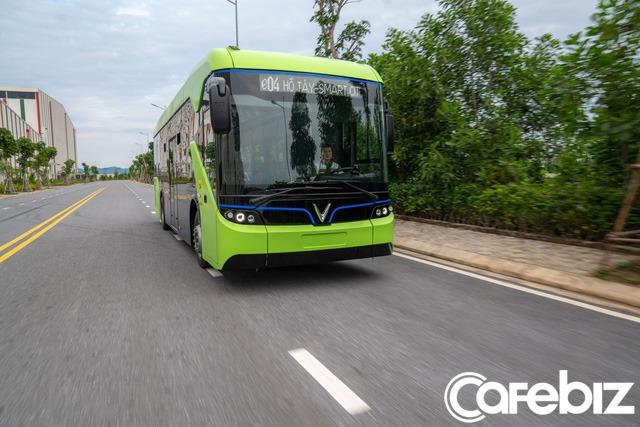 Vingroup chính thức chạy thử nghiệm xe buýt điện VinFast - Ảnh 2.