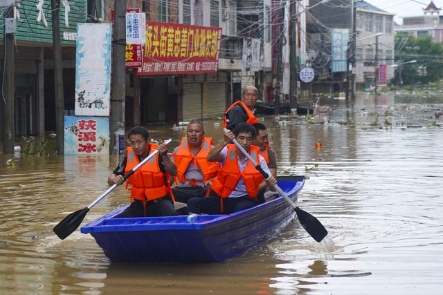 Bài học Trung Quốc chống lụt: Thuận theo tự nhiên, trả lại bãi bồi cho sông và lên kế hoạch cho sự bình thường mới của lũ - Ảnh 3.