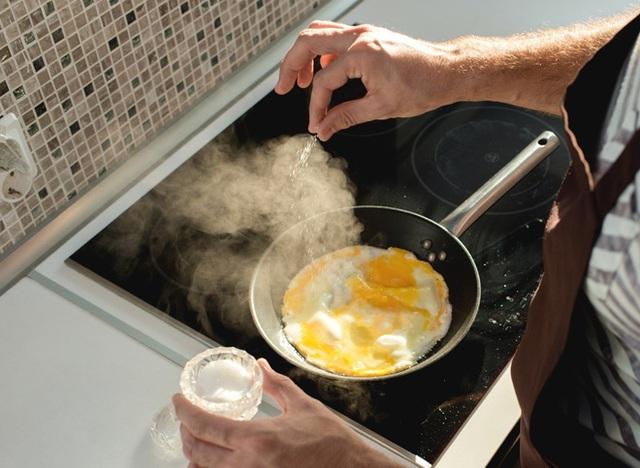 Điều gì sẽ xảy ra nếu bạn ăn trứng mỗi ngày: Câu trả lời của chuyên gia dinh dưỡng - Ảnh 3.
