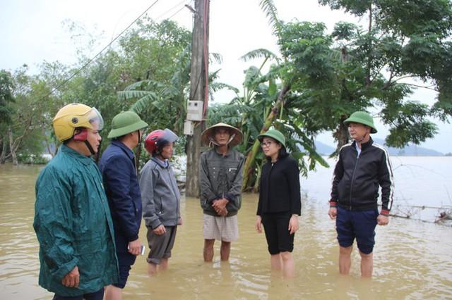 Nước sông Lam dâng cao, Nghệ An ngập lụt trên diện rộng - Ảnh 5.