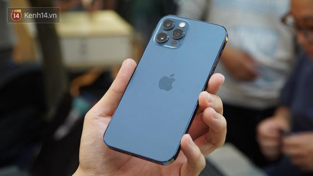 Trên tay iPhone 12 và iPhone 12 Pro tại Việt Nam - Ảnh 11.