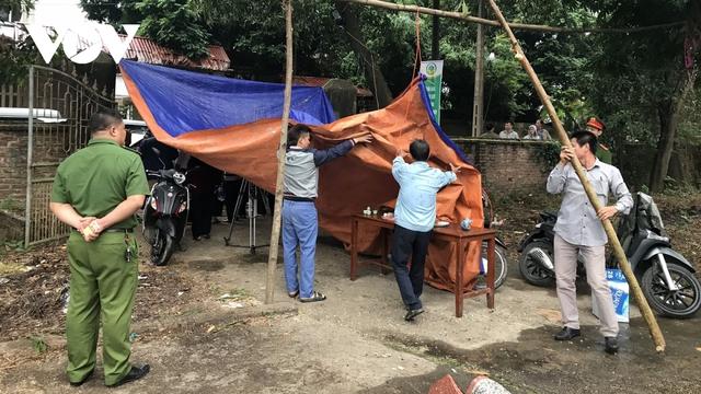"""Chặn xe vào bãi rác Nam Sơn: """"Dân không chặn xe, không gặp được lãnh đạo""""  - Ảnh 1."""