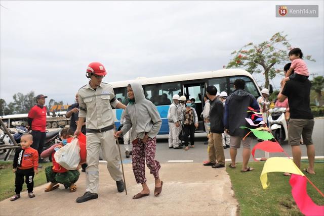 Ảnh: Ký túc xá trú bão 5 sao của người dân làng biển Quảng Ngãi - Ảnh 1.
