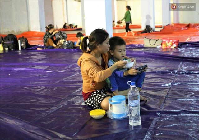 Ảnh: Ký túc xá trú bão 5 sao của người dân làng biển Quảng Ngãi - Ảnh 16.