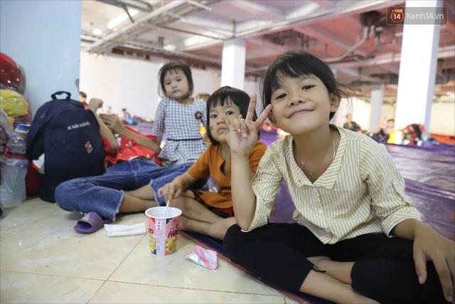Ảnh: Ký túc xá trú bão 5 sao của người dân làng biển Quảng Ngãi - Ảnh 23.