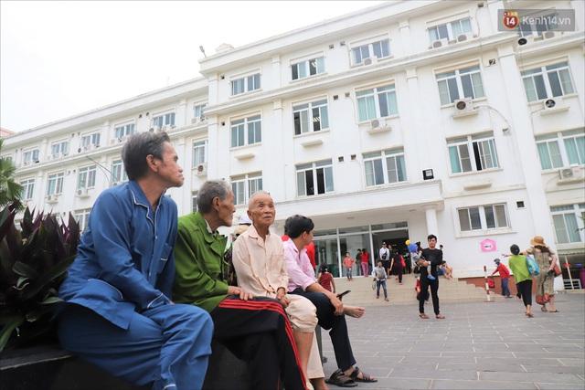 Ảnh: Ký túc xá trú bão 5 sao của người dân làng biển Quảng Ngãi - Ảnh 7.