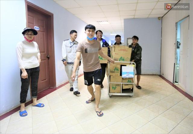 Ảnh: Ký túc xá trú bão 5 sao của người dân làng biển Quảng Ngãi - Ảnh 11.