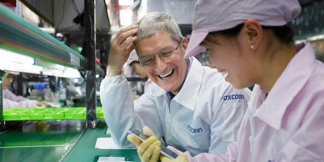 Sự keo kiệt của Apple đang phá hủy mối quan hệ với Foxconn như thế nào - Ảnh 1.