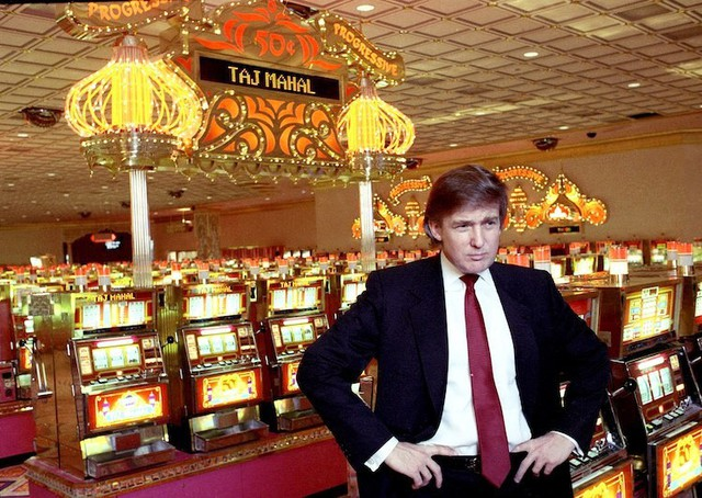 6 thương vụ kinh doanh thất bại của ông Trump - Ảnh 1.