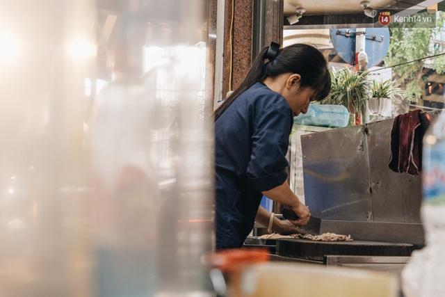 Hàng xôi Yến huyền thoại ở Hà Nội với lời đồn bán được 2 tỷ mỗi tháng, từng gây xôn xao vì vỡ nợ giờ ra sao? - Ảnh 5.