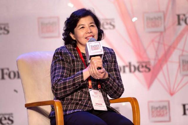 """Bí quyết cân bằng công việc - gia đình của các """"nữ tướng"""" Việt: CEO Vinamilk quyết không thuê giúp việc, chủ tịch FPT Retail bảo lấy chồng cùng công ty - Ảnh 3."""
