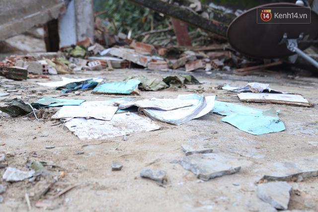 Nước mắt cụ bà mất 8 người thân trong vụ sạt lở ở Quảng Nam: Con nhắn tôi cẩn thận sạt lở, nhưng giờ con chẳng còn nữa - Ảnh 13.