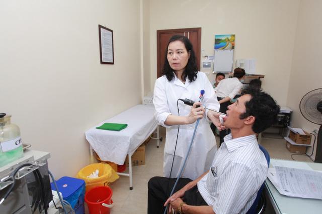 Căn bệnh ung thư dễ nhầm với bệnh mũi họng, 90% người phát hiện muộn: 5 dấu hiệu đặc biệt chú ý - Ảnh 1.