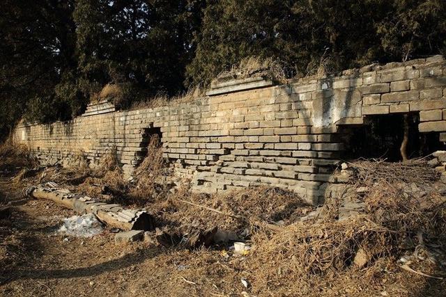 Cổ mộ hơn 500 năm ở Bắc Kinh: Vua Càn Long cũng không dám xâm phạm vì lời nguyền ám ảnh - Ảnh 3.