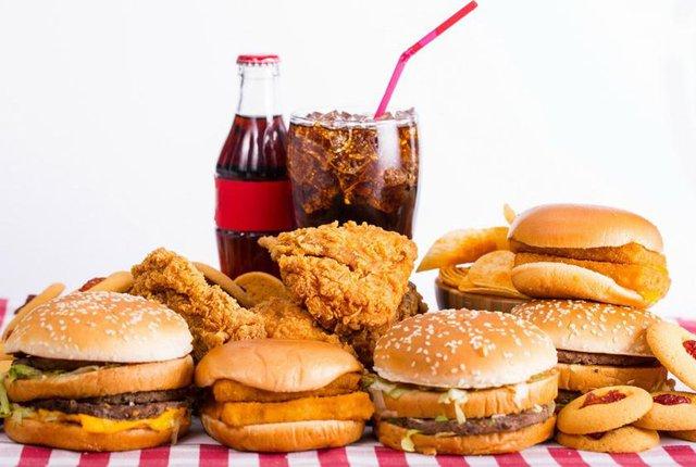 McDonald's, Burger King hay KFC đang moi tiền của bạn như thế nào? - Ảnh 1.